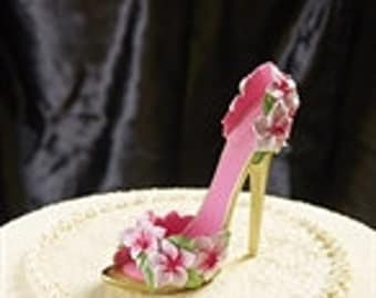 Aphrodite's Closet Collectible Shoe from Giftcraft or use as Cake Topper