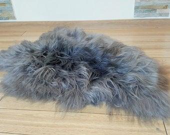 Sheepskin. Grey sheepskin.Icelandic sheepskin. Natural Sheepskin Rug. Super Soft Silky Long Shiny  Wool. Long hair.