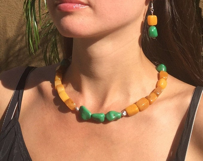 Yellow choker. Multicolor gemstone beaded necklace