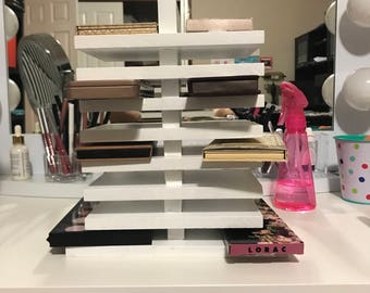Duel side makeup pallet holder