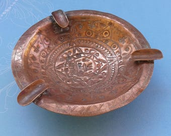 Red copper ashtray, engraved