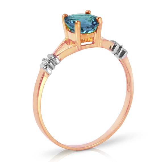 Gold Ring With DIAMONDS & BLUE TOPAZ