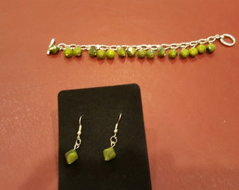 "k7 1/2"" Bracelet and earring set - silver and green"