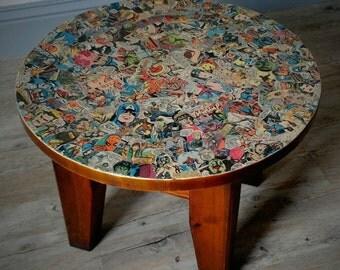 Marvel Coffee Table 'ZRAK'. Marvel Comics. DC Comics. Round Coffee Table. Spiderman. Hulk. Captain America. Avengers. Superhero. Unique.