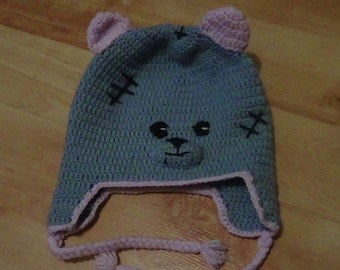 knitted cap bear