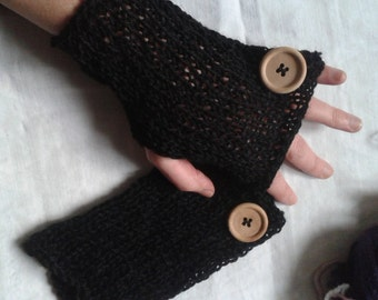Light black mittens