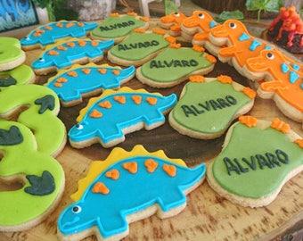 12 Dinosaur Cookies