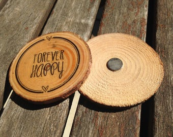 Rustic wedding details. Wedding reminders. Personalized wedding details. Original gift. Slices of wood. Custom magnets