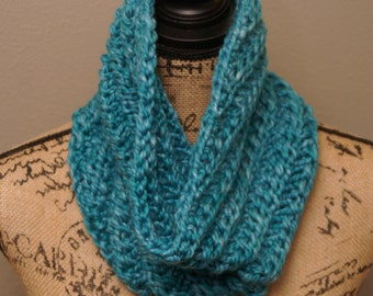 Knit Cowl, teal, chunky cowl, READY TO SHIP, neck warmer , bulky cowl scarf, gift for her, infinity scarf, winter scarf women