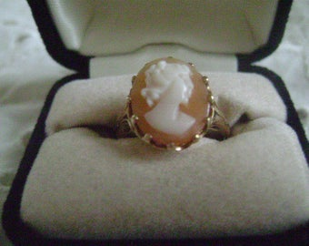 Vintage Ring, Women's Ring, Carved Shell Cameo, 10K Gold, Size 6-1/2