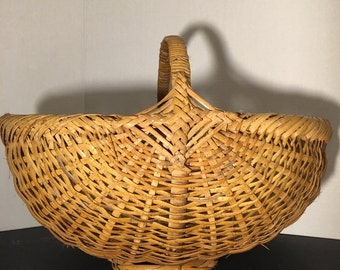 Vintage Handmade Wicker Basket.