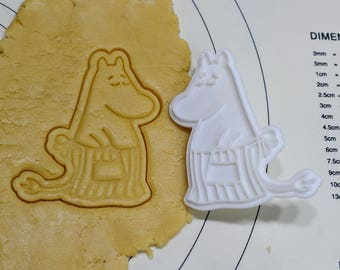 Moomin Mama Cookie Cutter and Stamp