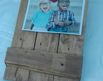 Reclaimed wood photo by pallet