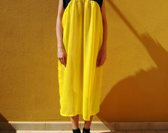 Black and yellow dress with fancy collar