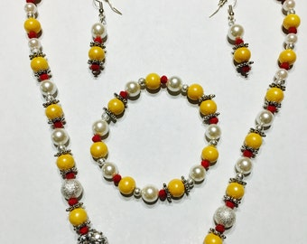 White Glass Pearl with Yellow Glass beads Necklace set (Necklace, Earrings and Bracelet)