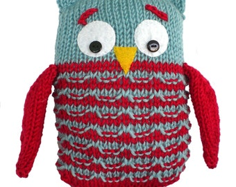 Child's Knitted Owl Toy
