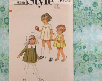 """1970s Vintage Style Pattern 3003 Toddler's Dress with Front Inverted Pleats Back Zipper and 3 Sleeves - Toddler Size 3 Bust 22"""""""