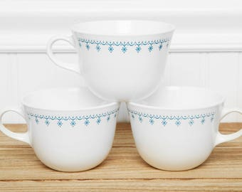 Corelle Corning Tea Coffee cups in the Blue Snowflake Garland Pattern - Vintage Tea Cups Coffee Mugs - Livingware by Corning Christmas China
