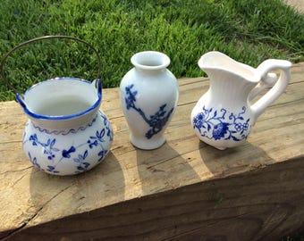 3 Piece miniature porcelain Japanese set