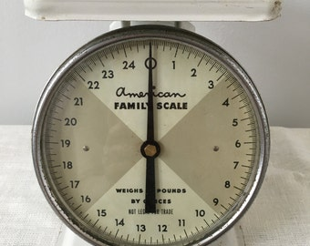 Antique tabletop scale, American Family scale, vintage kitchen scale, Mid-century kitchen scale