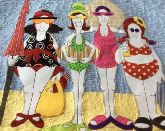 Dames en Maillots Courtepointe/Ladies in bathing suits Quilt