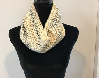 Cowl/neck warmer/scarf