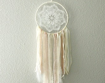DreamCatcher Bohemian shabby fishing and ecru