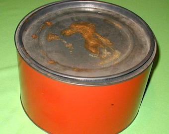 """Vintage large red tin can with lid 12"""" diameter 6"""" tall metal"""