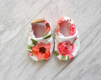 Baby slippers - Baby girl - Baby accessories - Baby shower - Birth gift - Floral - Pink flower - Summer shoes - Romantic accessories