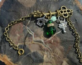Steampunk inspired bracelet