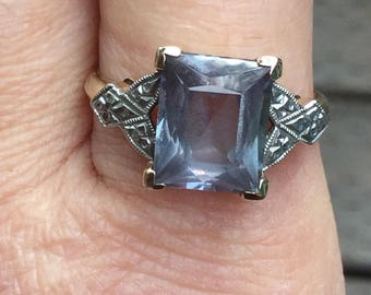 Beautiful Alexandrite, Emerald Cut, Green and Purple, 10k White and Yellow Gold Filigree Ring