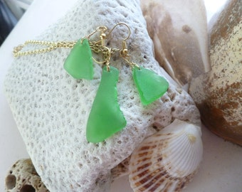 Green sea glass necklace and earring set in gold