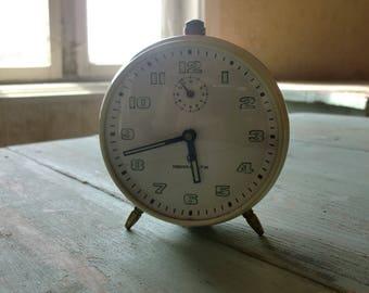 authentic old alarm clock mera-politik