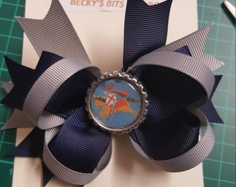 School bows with logo