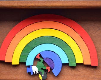 Wooden rainbow toy - Rainbow stacking toy - Waldorf toy - Rainbow stacker - Wooden leprechaun toy - Nesting stacker - Waldorf Toddler Toy