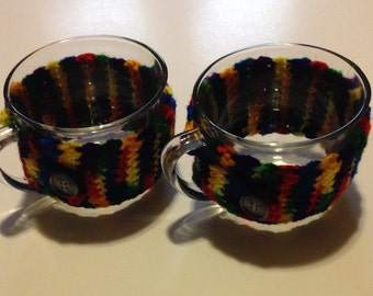 mugs with crocheted cozy