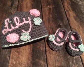 Crochet Baby Hat & Booties