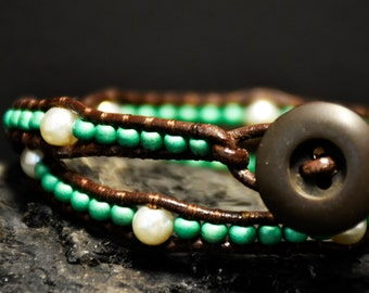 Green and pearl wrap bracelet