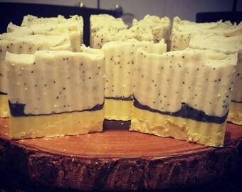 Lemon Poppy Seed Soap--Goat's Milk or Vegan--Citrus Soap--Exfoliating Soap--Ready to Ship!