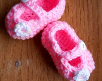 Crochet Baby Mary Janes - 0-3 months