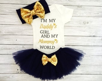Baby Girl Bodysuit, Newborn Girl Coming Home Outfit, Baby Girl Clothes, Newborn Girl Outfit, Baby Girl Outfit, Daddy's Girl Mommy's World