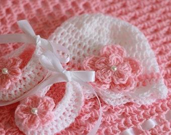 Crochet Baby Set Baby Girl Hat & Booties White Pink Satin Ribbon Pearl Flower Size Newborn , 0-3 Months Baby Shower Gift Handmade by Hallien