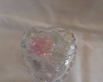 Heart shaped Glass trinket / ring dish with lid