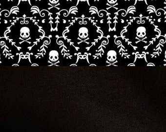 Skull and crossbones baby blanket, black fabric on back, cotton
