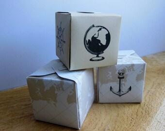 10 boxes dragées cardboard Mika PM - travel