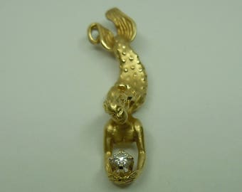 DIVING MERMAID with DIAMOND pendant by Steven Douglas in 14k gold - She dives into the deep with her treasure!