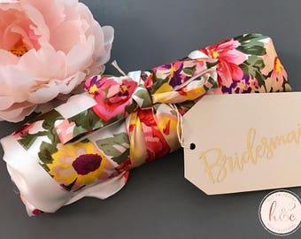 Bridesmaid robes, Bridesmaid Gifts, Bridal robes set, Bridal party gifts, Floral Robe, Satin Robe