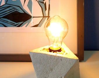 GeoTri Lamp