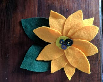 Large yellow flower hair decoration