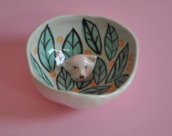 Ceramic ring holder dish